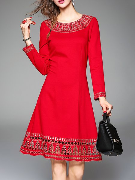 https://www.stylewe.com/product/red-elegant-embroidered-graphic-a-line-midi-dress-84555.html