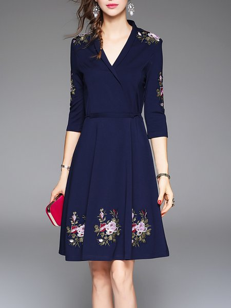 Dark Blue V Neck Floral 3/4 Sleeve Embroidered Midi Dress