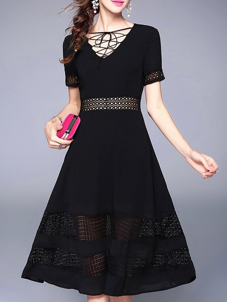 Black V-Neck Solid Short Sleeve Midi Dress