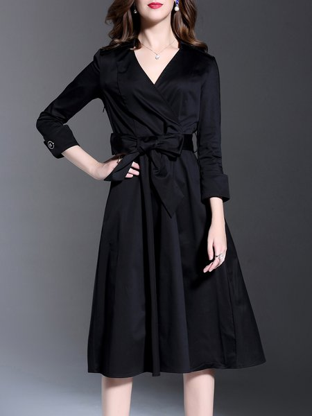 Black 3/4 Sleeve Plain V Neck Midi Dress