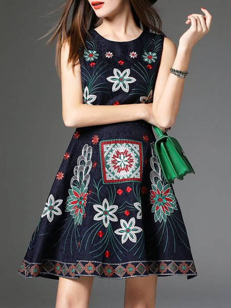Vintage A-line Crew Neck Long Sleeve Embroidered Midi Dress