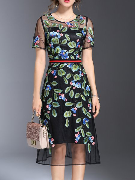Embroidered  Floral Short Sleeve Girly Midi Dress
