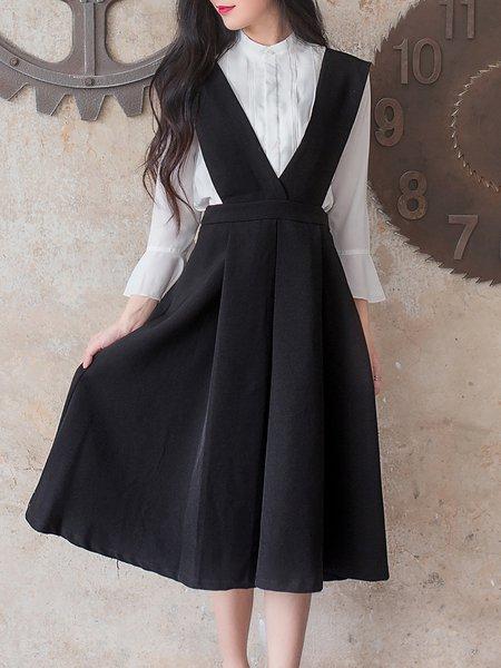 Black Plunging Neck Sleeveless Swing Midi Dress