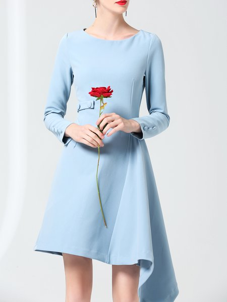 Simple Crew Neck Buttoned Midi Dress