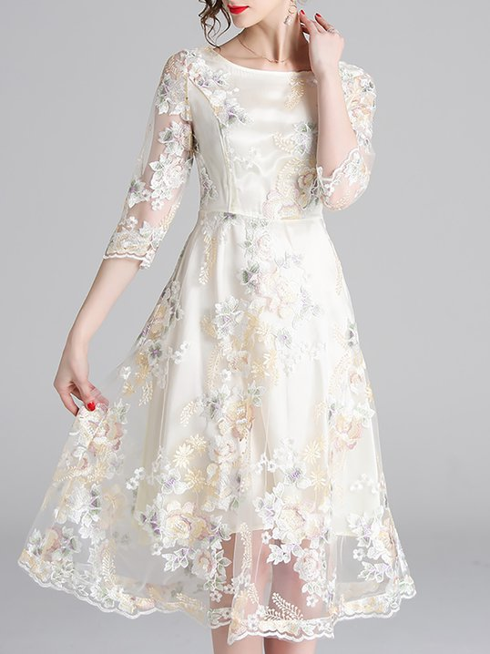 3dbeb747067bc Apricot A-Line Mesh Elegant Floral-Embroidered Midi Dress
