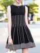 Elegant Sleeveless Cotton Crew Neck Jacquard Midi Dress