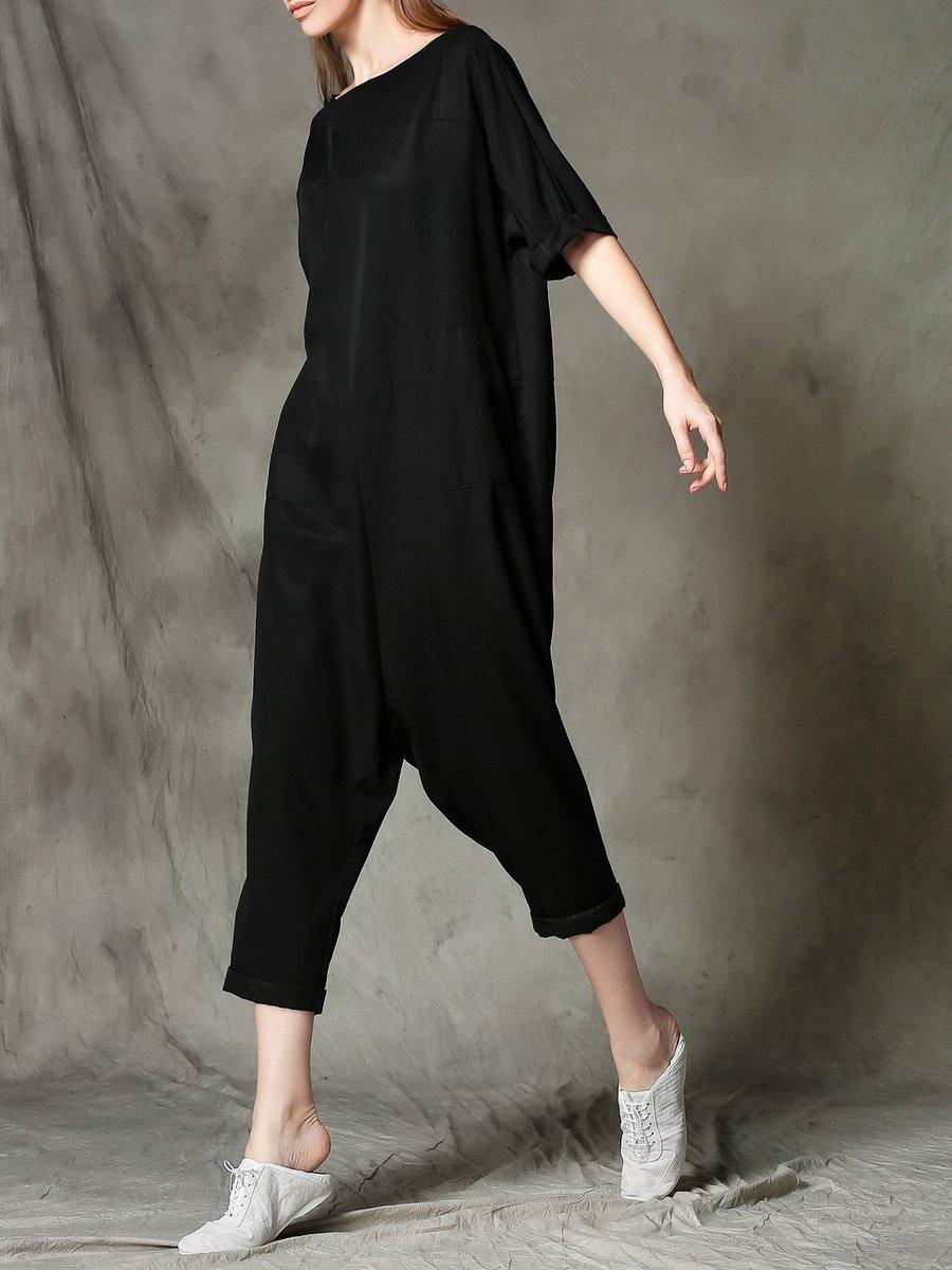 https://www.stylewe.com/product/black-plain-pockets-bateau-boat-neck-casual-jumpsuit-44359.html